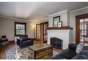 1376 Harvard Blvd,Dayton,Ohio 45406,4 Bedrooms Bedrooms,10 Rooms Rooms,1 BathroomBathrooms,Single family,Harvard Blvd,745261