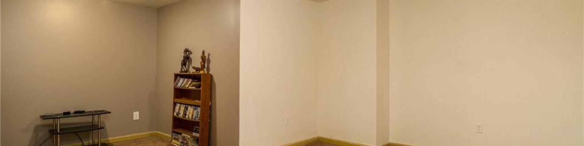 12999 Newburg Court,Washington TWP,Ohio 45458,4 Bedrooms Bedrooms,10 Rooms Rooms,3 BathroomsBathrooms,Single family,Newburg Court,745828