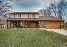 4202 KINSEY,Englewood,Ohio 45322,4 Bedrooms Bedrooms,10 Rooms Rooms,2 BathroomsBathrooms,Single family,KINSEY,755940