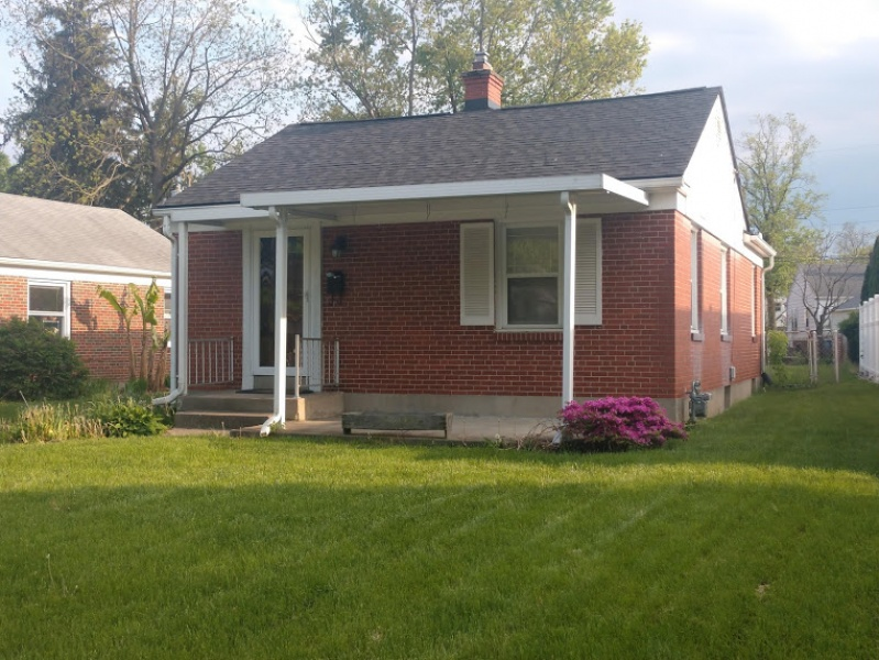 1124 Croyden Drive Front View