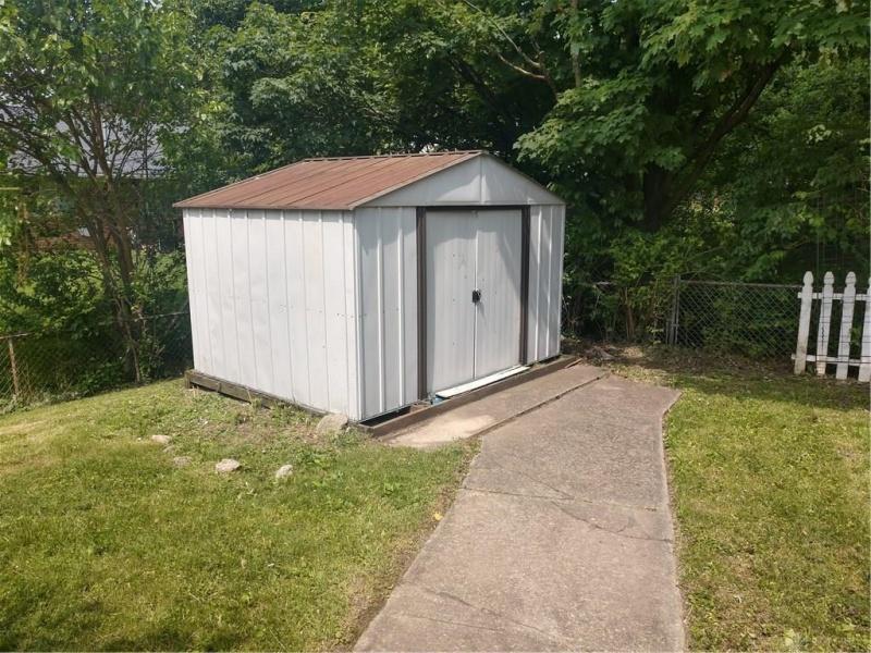 5727 Moorefield,Dayton,Ohio 45424,4 Bedrooms Bedrooms,7 Rooms Rooms,2 BathroomsBathrooms,House,Moorefield,756827