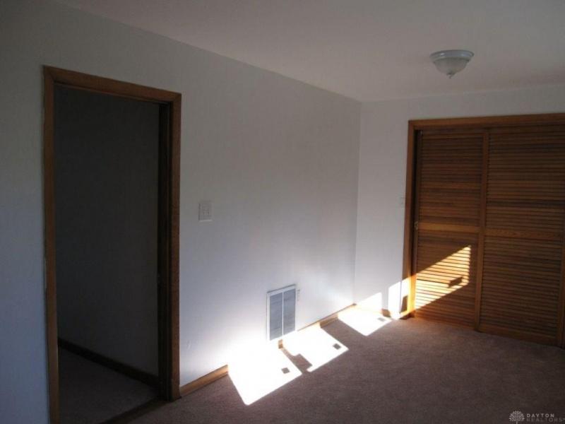 224 Marathon,Dayton,Ohio 45405,3 Bedrooms Bedrooms,7 Rooms Rooms,2 BathroomsBathrooms,House,Marathon,2,756843