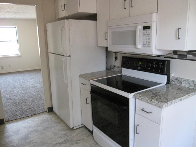 1560 Cardington,Kettering,Ohio 45409,8 Bedrooms Bedrooms,16 Rooms Rooms,4 BathroomsBathrooms,2-4 units,Cardington,756847