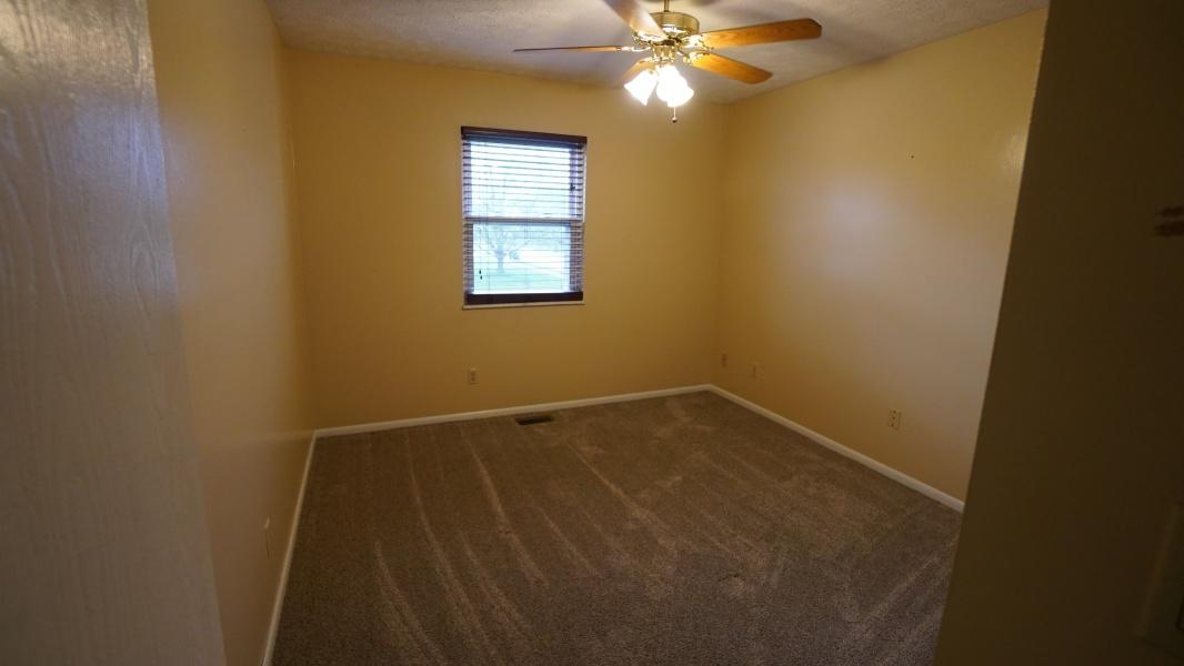 1000 Meadowrun,Englewood,Ohio 45322,3 Bedrooms Bedrooms,11 Rooms Rooms,2 BathroomsBathrooms,Single family,Meadowrun,756852