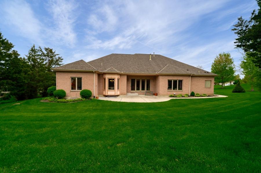 1989 Fountain View,Butler Twp,Ohio 45414,5 Bedrooms Bedrooms,12 Rooms Rooms,3 BathroomsBathrooms,House,Fountain View,756853