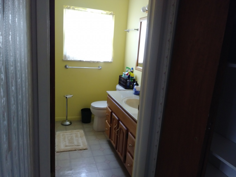 527 Bennert Drive Full Bath