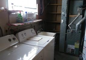 527 Bennert Drive Laundry Area