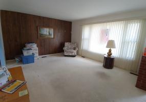 527 Bennert Drive Living Room View 2